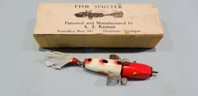 Kumm Fish Spotter Antique Fishing Lure with Box